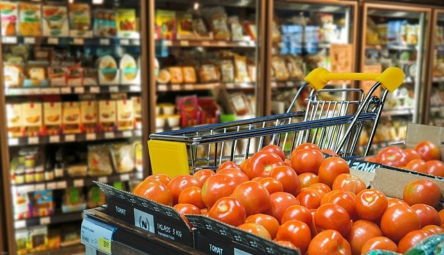 rajčata na nákupu
