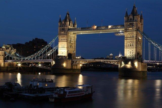 most v Londýně