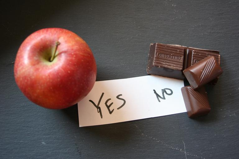 jablko a čokoláda.jpg